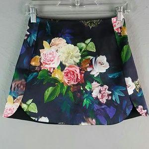 Topshop floral skirt size 2
